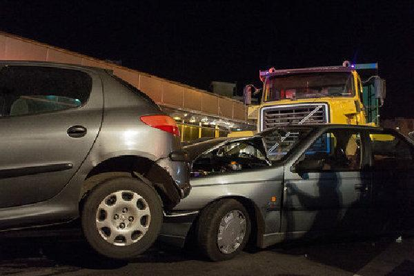 تصادف دو دستگاه خودرو در محور نهاوند فیروزان، حال مصدومان وخیم است