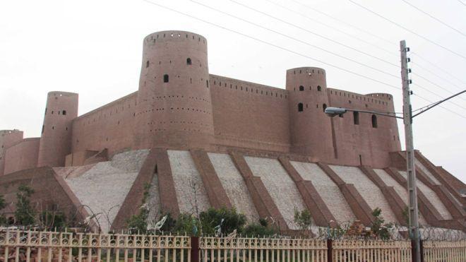 راه اندازی نخستین تورهای گردشگری در ولایت هرات