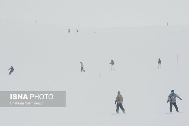 شروع سومین جشنواره ملی برفی دنا در پیست اسکی کاکان یاسوج