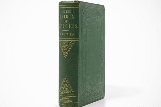 فروش نیم میلیون دلاری کتاب داروین