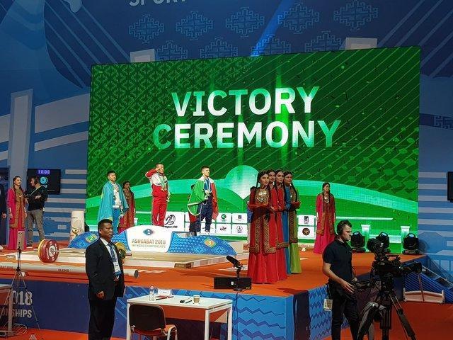 اولین قهرمانی دنیا به کره شمالی رسید، رکورد دوضرب دنیا شکسته شد