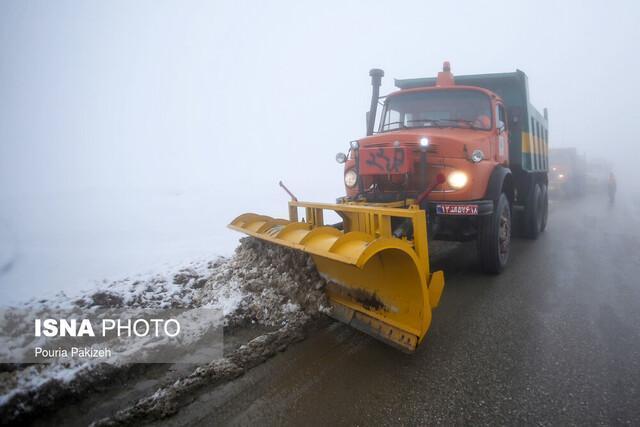 عملیات راهداری زمستانی در 670 کیلومتر از راه های استان سمنان