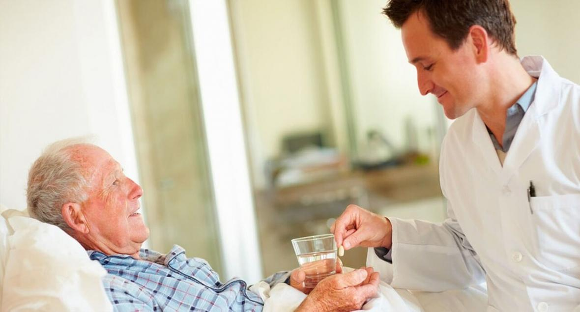 ویروس کرونا؛ چگونه از سلامت روان سالمندان مراقبت کنیم؟