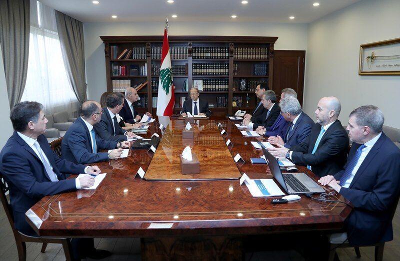 خبرنگاران سران لبنان از گزینه های دولت برای مدیریت بدهی خارجی حمایت کردند