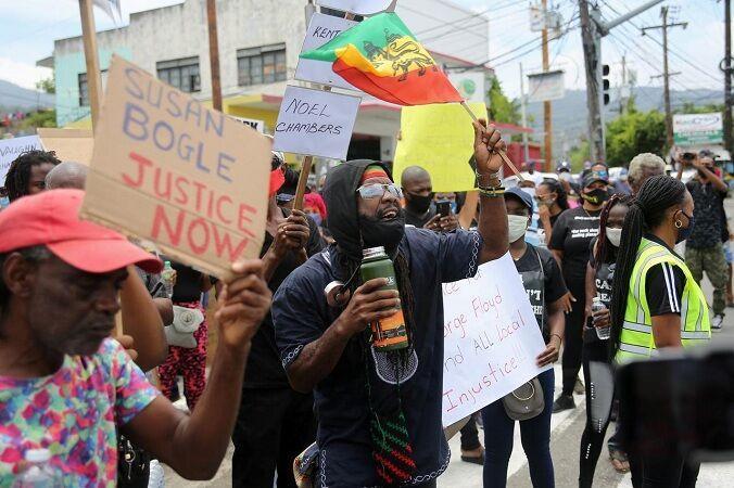 مردم جامائیکا علیه نژادپرستی دست به تظاهرات زدند