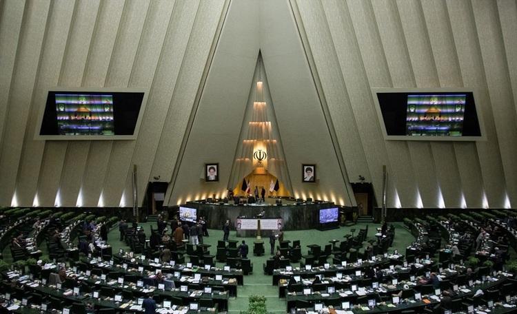 پس لرزه های توهین به روحانی از تریبون مجلس