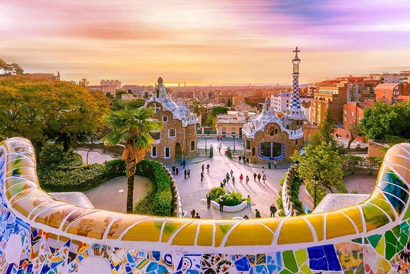 راهنمای جامع سفر به بارسلونا